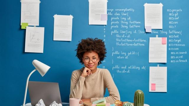 後輩女子との職場恋愛が成立する条件